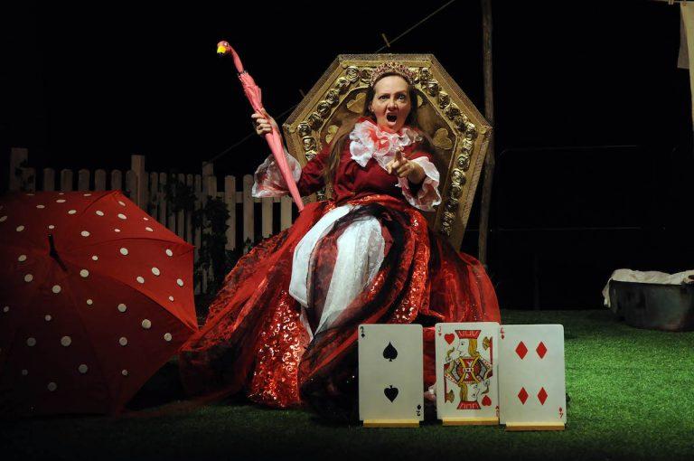 """Al Balbo di Canelli va in scena """"Alice nel paese delle meraviglie"""""""