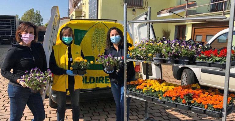 """Piante e fiori per la giardino terapia. Le donne Coldiretti per la comunità """"Il Borgo"""""""