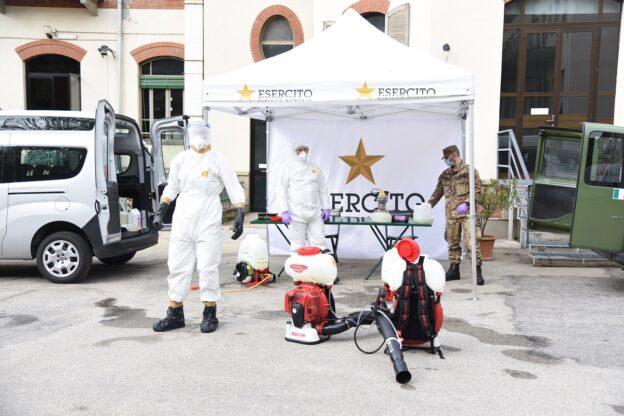 Coronavirus, la sanificazione dell'esercito alla Casa di Riposo Città di Asti: la fotogallery