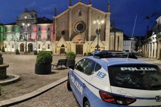 Asti, la polizia denuncia due persone che facevano telefonate false al 112 durante il lockdown
