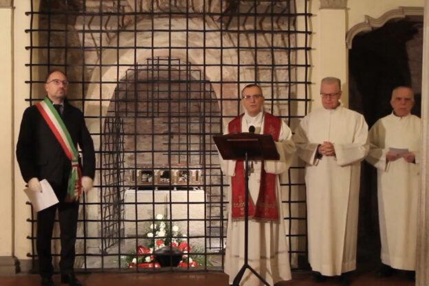 Asti, il vescovo Marco affida a San Secondo la comunità astigiana: la preghiera