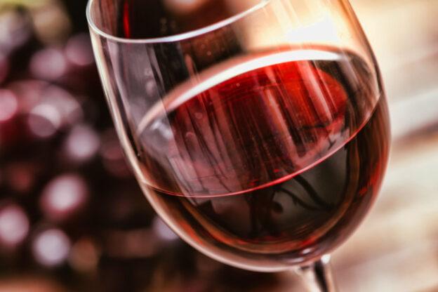 """Coldiretti: """"La Presidenza del Consiglio dei Ministri Ue propone la dealcolazione parziale e totale dei vini anche Doc"""""""