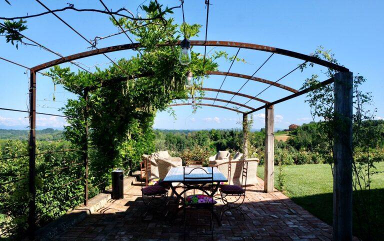 Rocchetta Tanaro: aperitivo in vigna al Braida Wine Resort