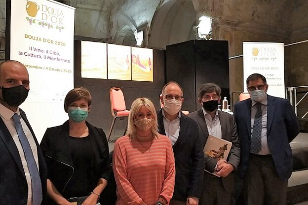 Douja d'Or, istruzioni per l'uso: incontro con gli operatori dell'accoglienza di Langhe Monferrato Roero