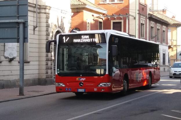 Giro d'Italia ad Asti: ecco le variazioni di percorso e orario per i bus di Asp
