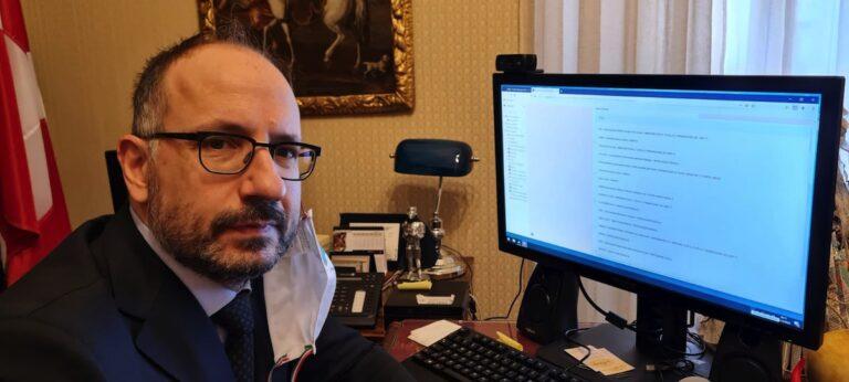 Asti, anche il sindaco vota l'associazione dell'anno 2020