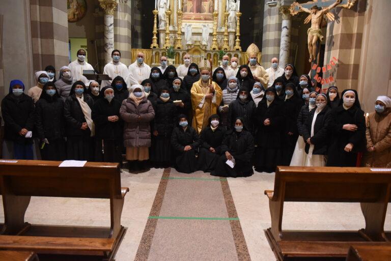 Giornata mondiale della Vita Consacrata: la celebrazione del vescovo al santuario di San Giuseppe
