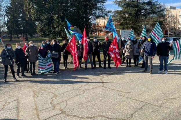Castelnuovo Don Bosco, in sciopero i dipendenti della Casa di Soggiorno San Giuseppe