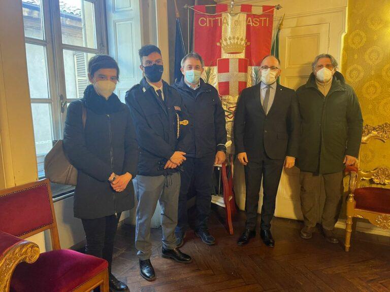 Asti, accolti in Municipio i neo pensionati della polizia