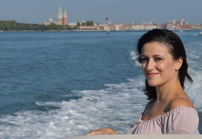 Tre domande a… Debora Scalzo