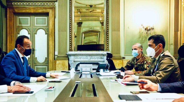 L'appello del Piemonte al generale Figliuolo: meno fogli e più fiale