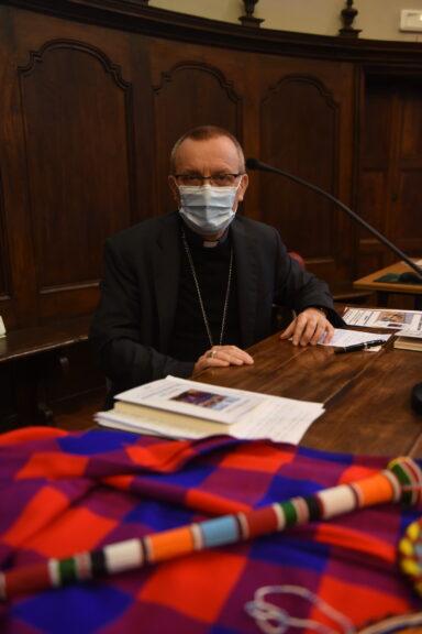 Asti, il vescovo Marco presenta il suo primo libro