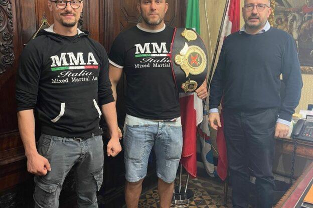 Asti, il neo campione di Mma Ruotolo ricevuto in Municipio