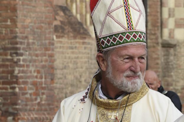 Monsignor Pante, il vescovo del nostro vescovo, incontra i fedeli nell'ex Seminario