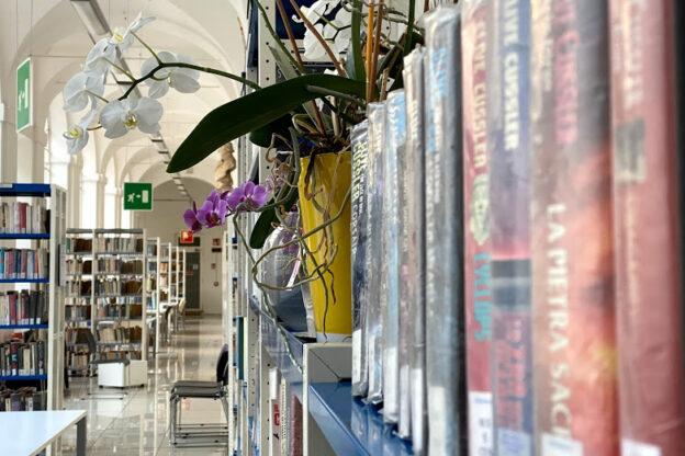 Asti, nuovi orari per la biblioteca Giorgio Faletti