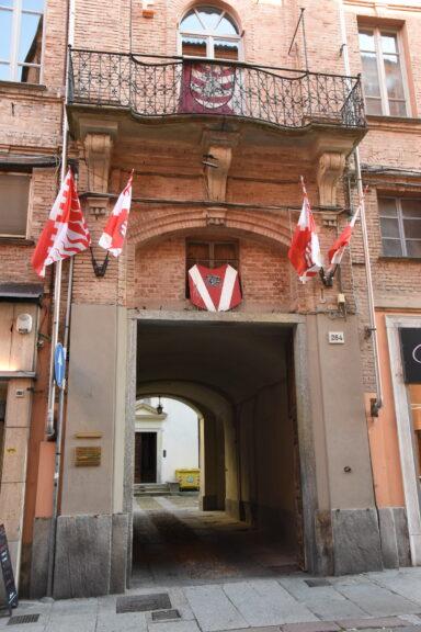 Il Rione San Secondo presenta il suo fantino a Villa Basinetto
