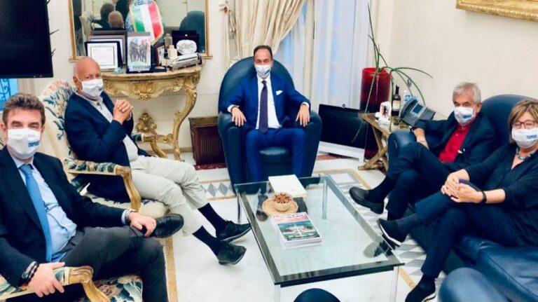Incontro tra i presidenti della Regione su vaccinazioni e ripartenza
