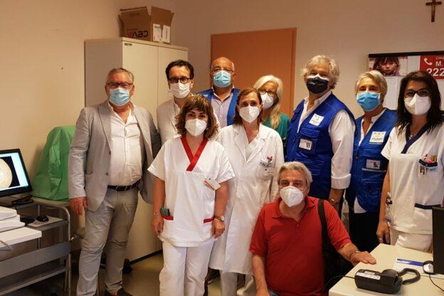 Asti, l'associazione Sos Diabete dona un retinografo all'ospedale Massaia