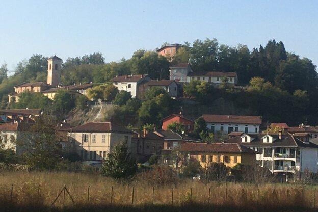 Lavori contro le frane a Baldichieri nell'area sotto l'ex castello e il cimitero